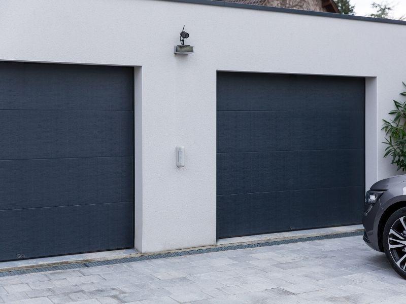 ARNAUD ET BLANC_réalisation_porte de garage
